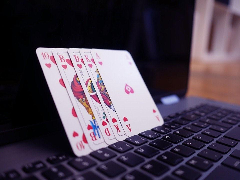 De Poker Online, Poker, Juegos De Azar, Jugar